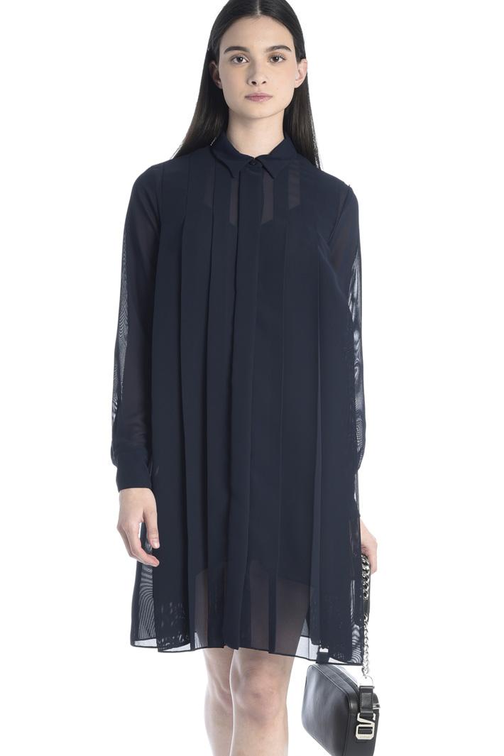 Fluid pleated dress Intrend