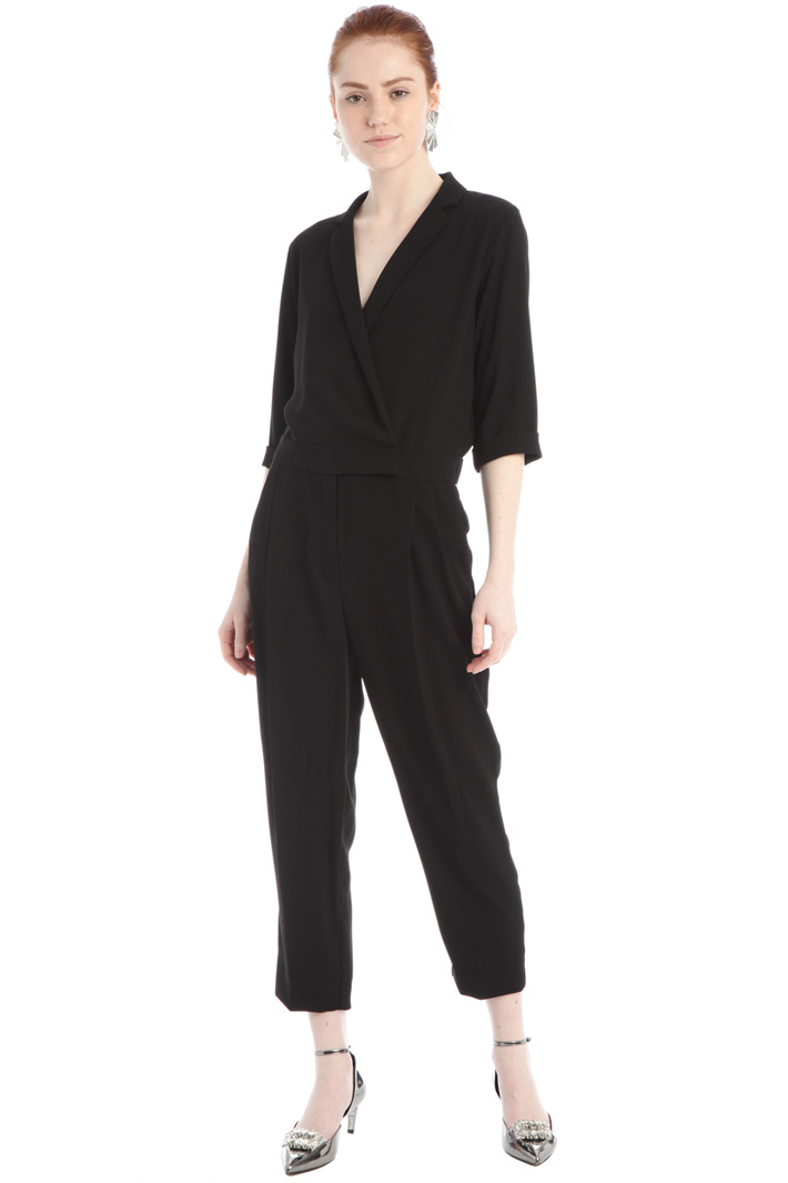 Double-breasted crepe jumpsuit Intrend