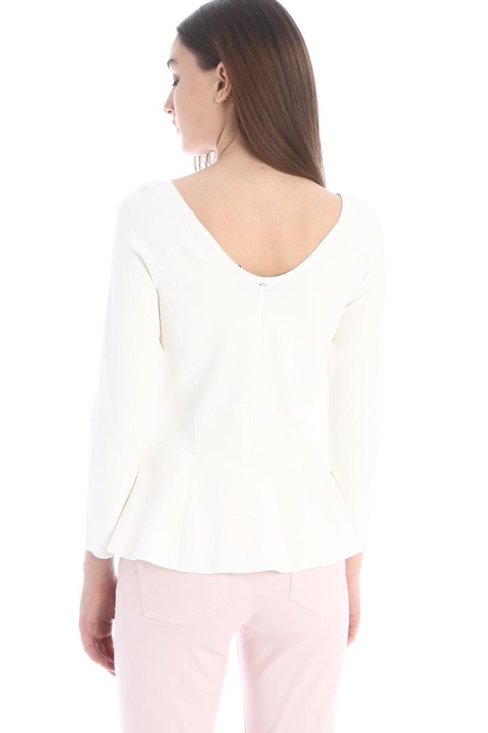 Semi-fitted knit sweater Intrend