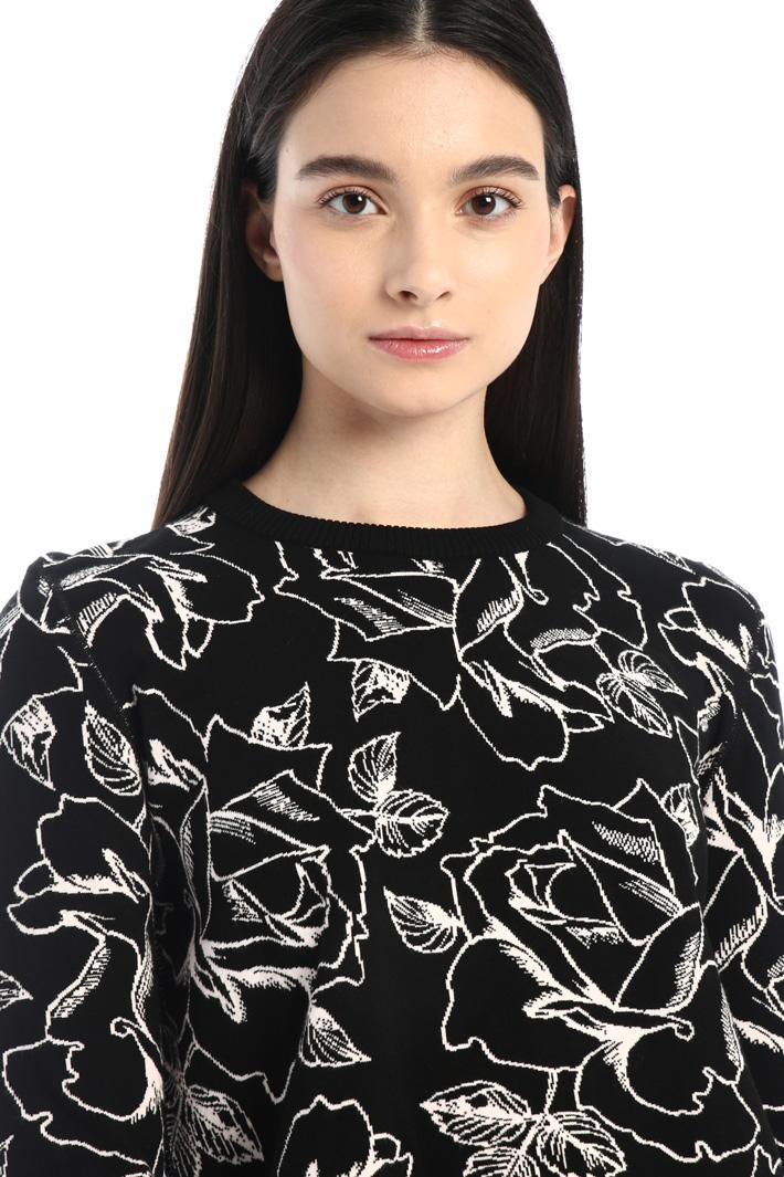 Viscose jacquard sweater Intrend