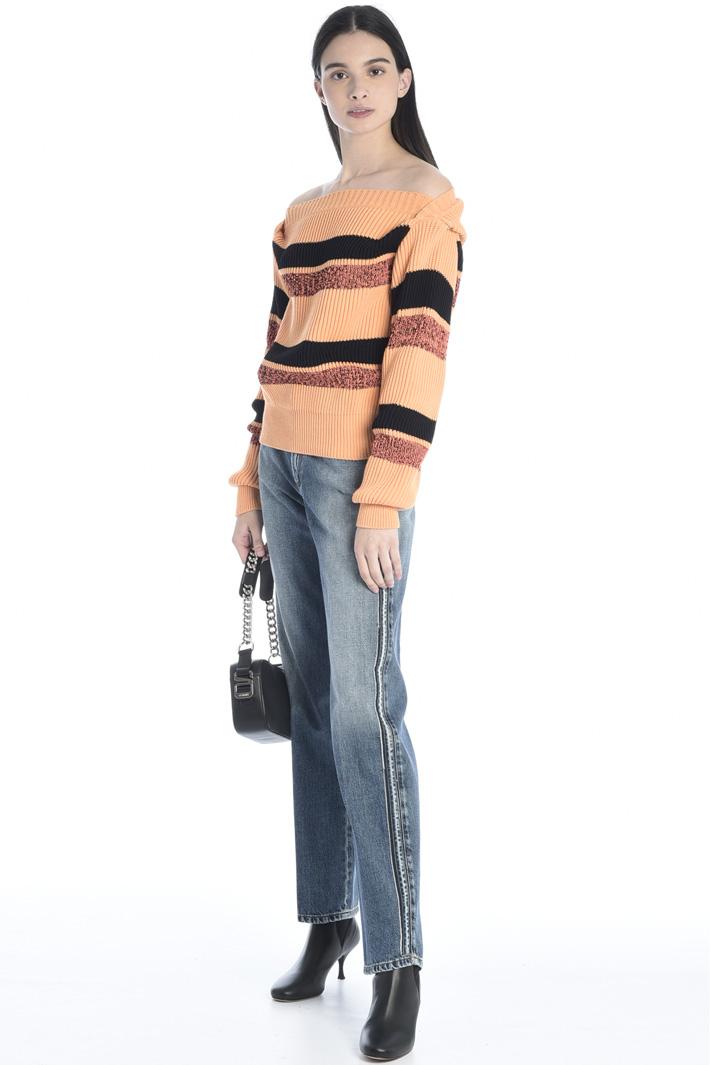Off-shoulder sweater Intrend