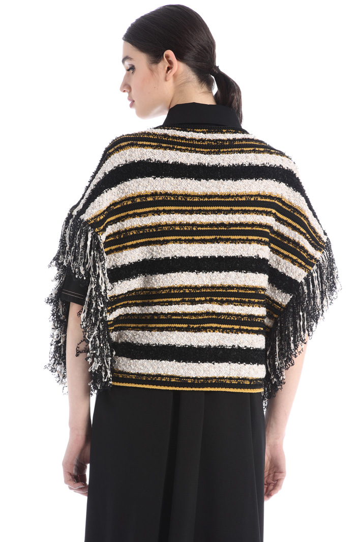Oversized fringed sweater Intrend