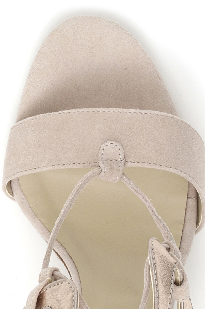 Sandali con lacci Intrend