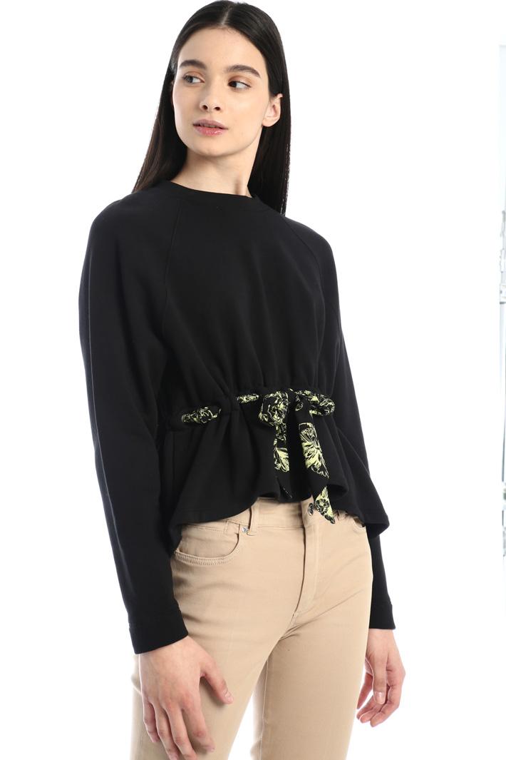 Ribbon detailed sweatshirt Intrend