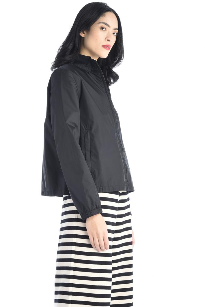 Short taffeta jacket Intrend