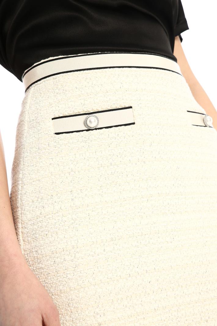 Mini skirt in lamé tweed Intrend