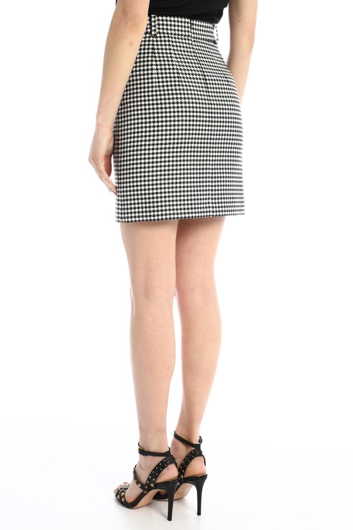 Short yarn dyed skirt Intrend