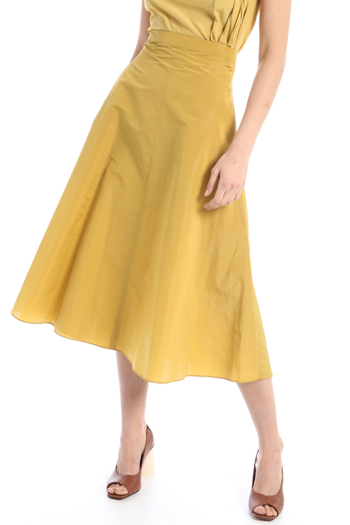 Midi skirt in tech taffetà Intrend