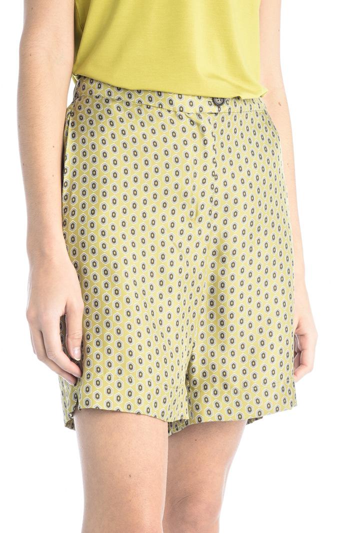 Silk twill shorts Intrend