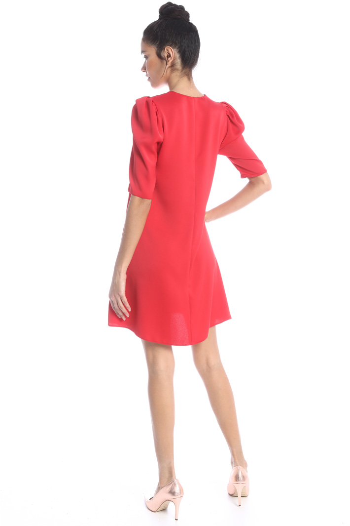 Dress with puff shoulders Intrend