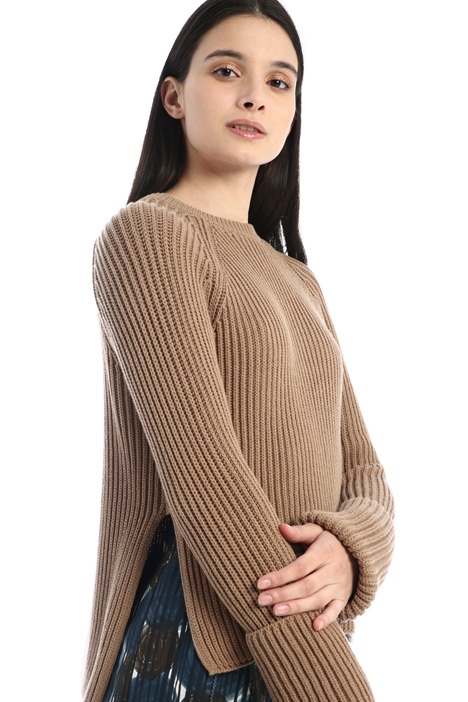 Sweater with folded sleeves Intrend