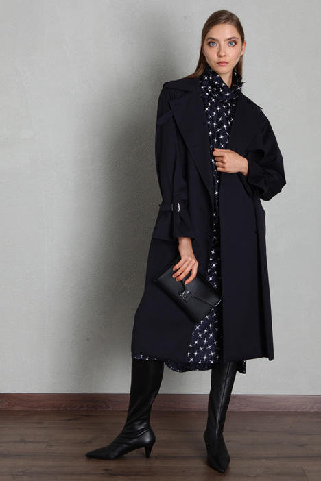 Trench coat in wool twill Intrend