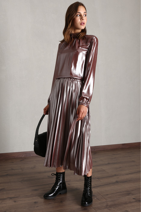 Shiny pleated skirt Intrend