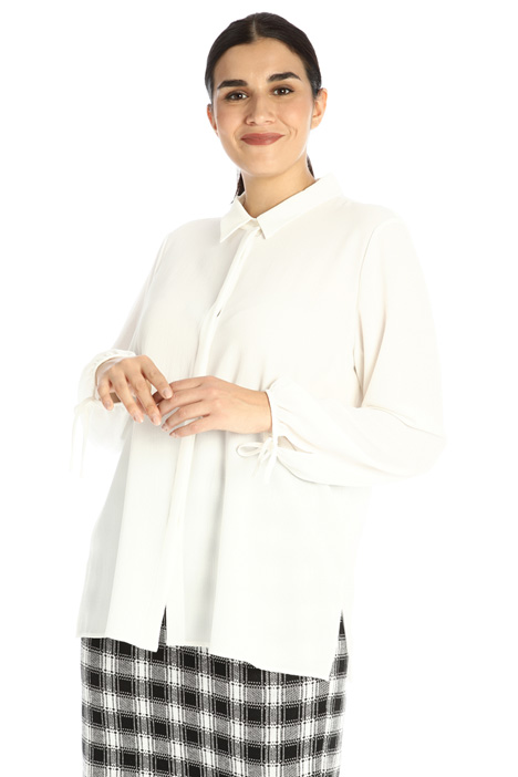 Shirt in textured fabric Intrend