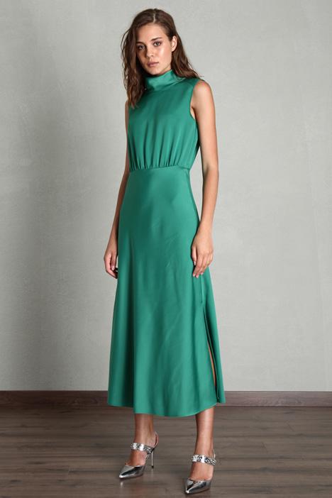Flowy satin dress Intrend