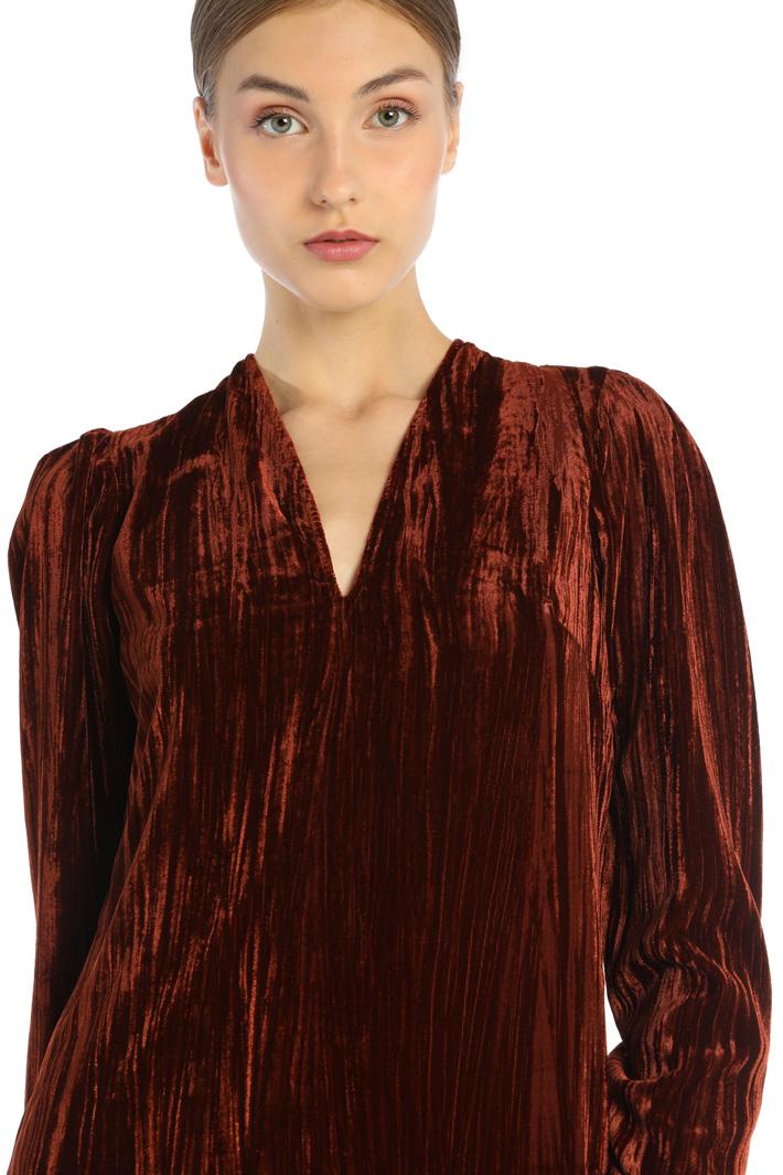 Shiny velvet dress Intrend