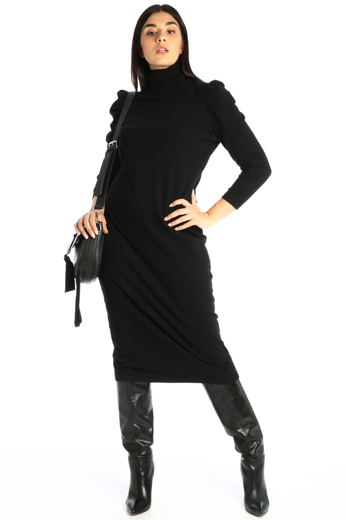 Fitted knit dress Intrend