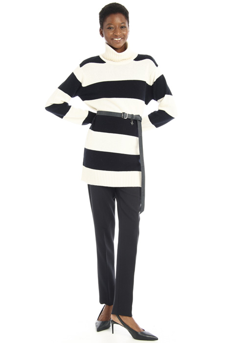 Long cashmere yarn sweater Intrend
