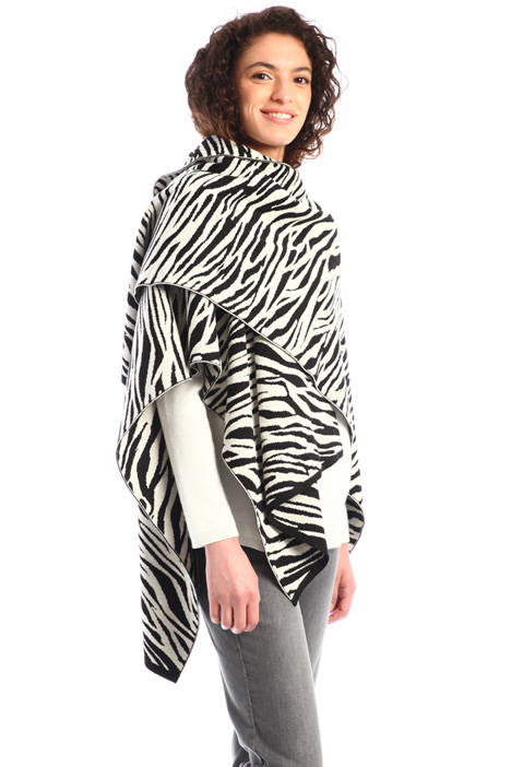 Cotton and viscose poncho Intrend