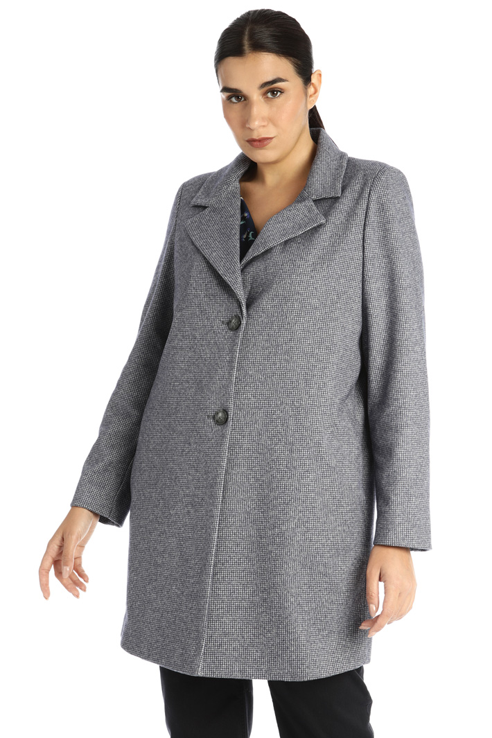 Coat in jersey cloth Intrend