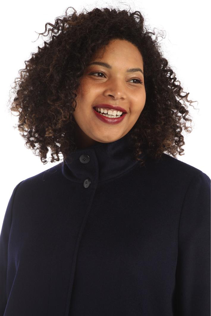 Coat in pure wool drap  Intrend