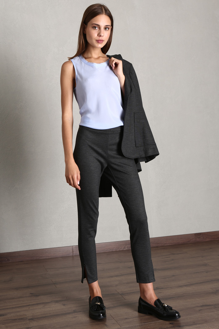 Top in technical fabric Intrend