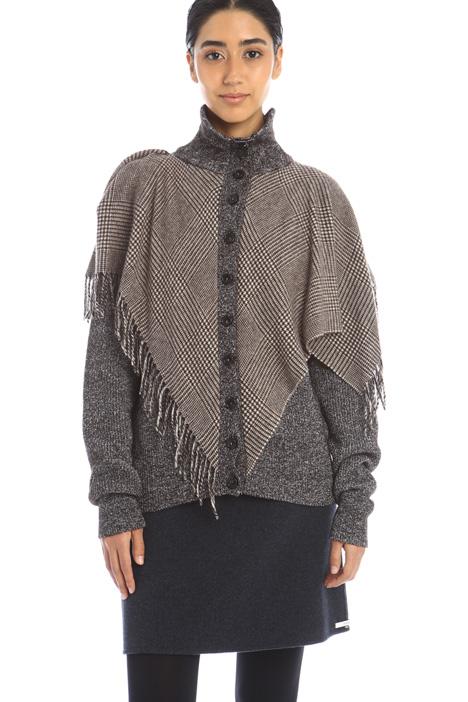 Asymmetrical paneled sweater Intrend