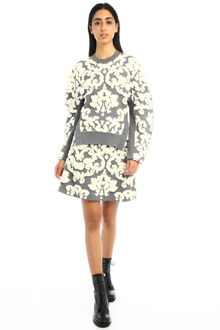 Sweater with raised motif Intrend