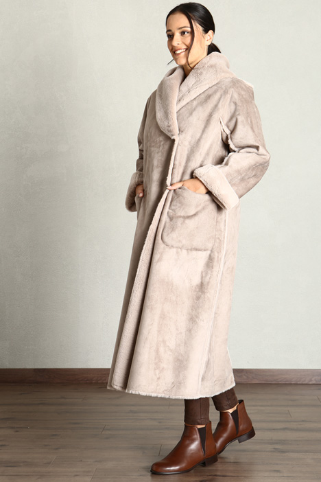 Shearling effect coat Intrend