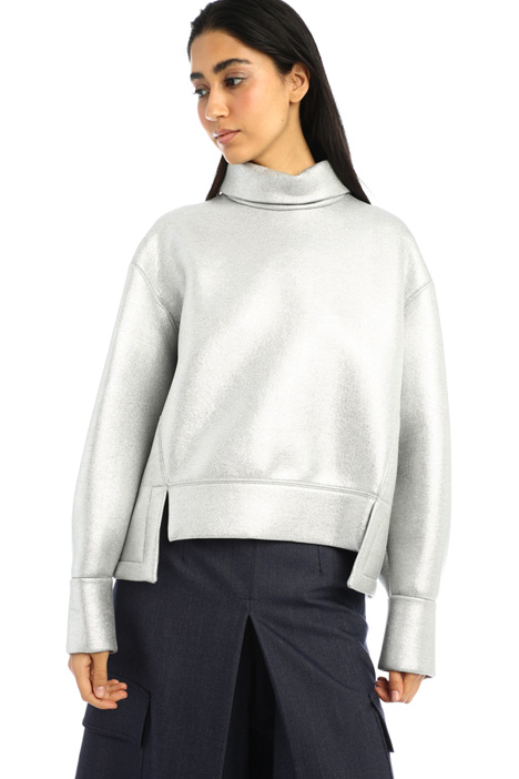 Laminated sweatshirt Intrend