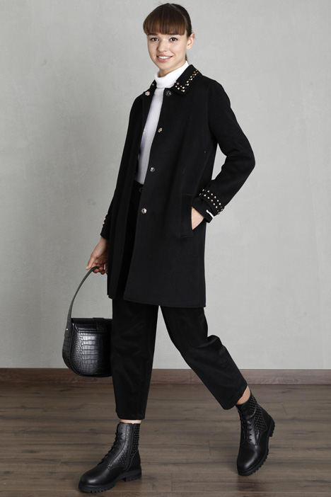 Studded coat Intrend