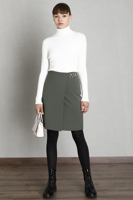 Gabardine skirt with chain Intrend