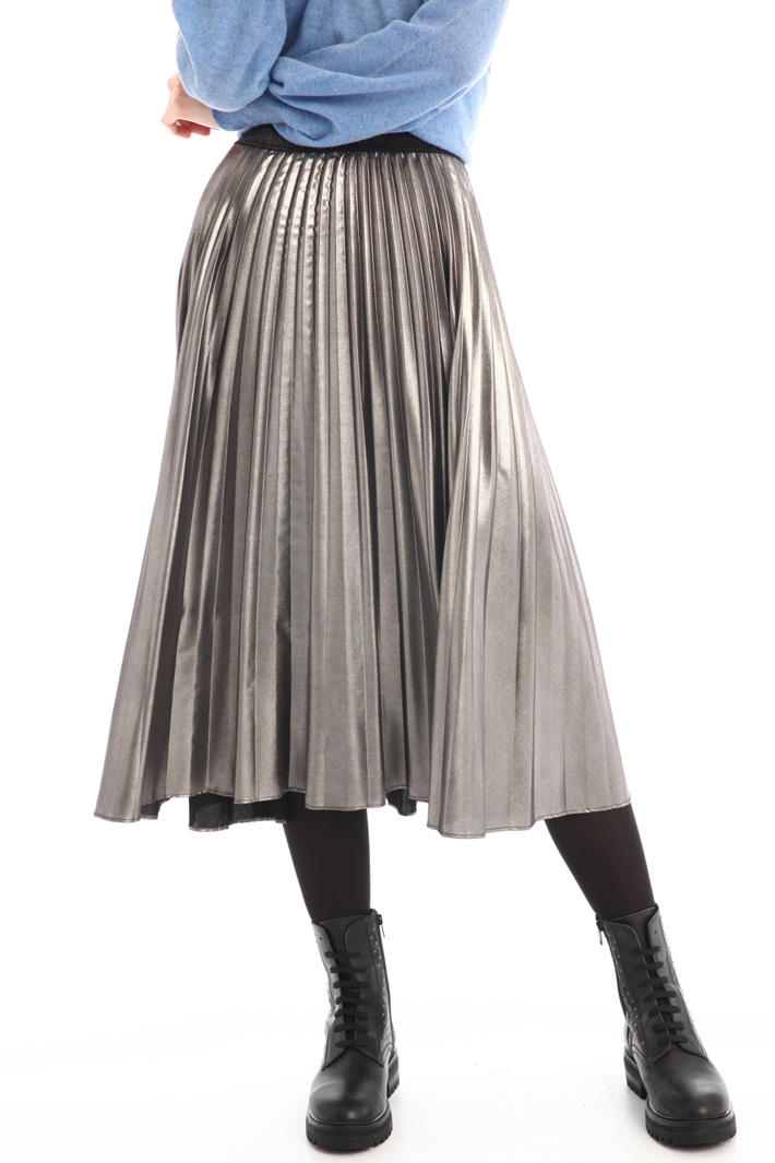 Laminated pleated skirt Intrend