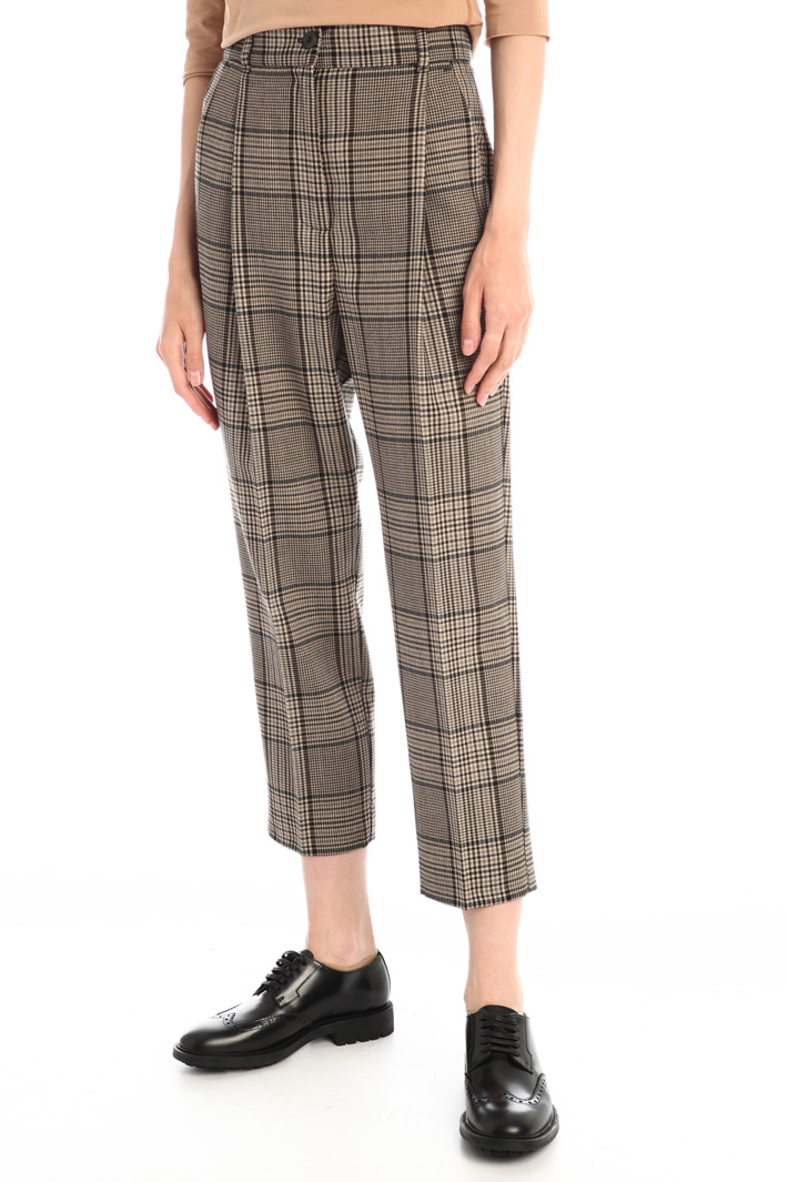 Wool blend carrot fit trousers Intrend