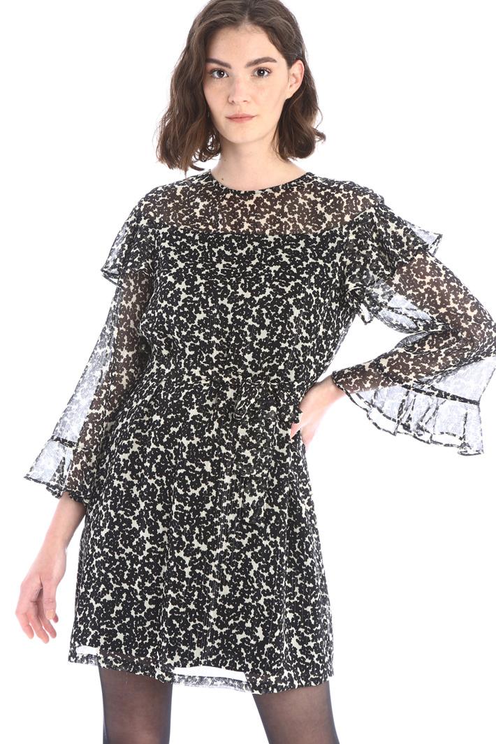 Flowy georgette dress Intrend