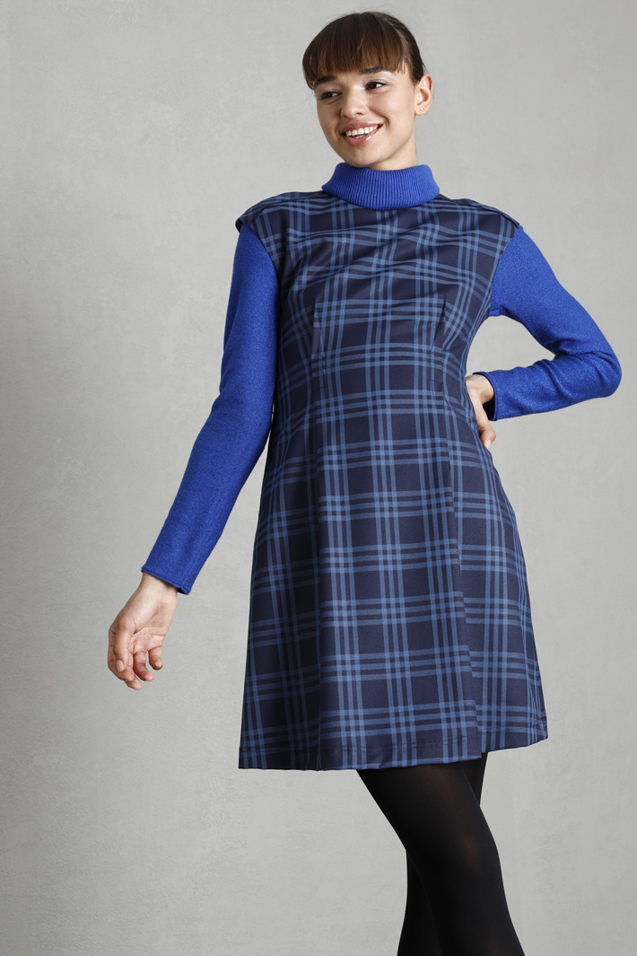 Belted dress Intrend