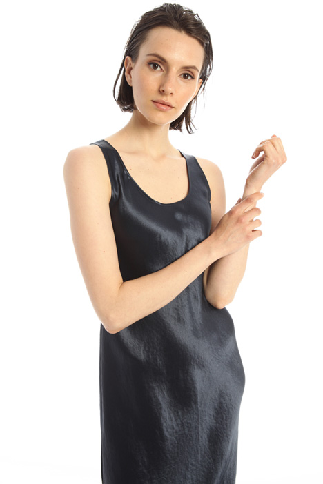 Flared satin dress Intrend