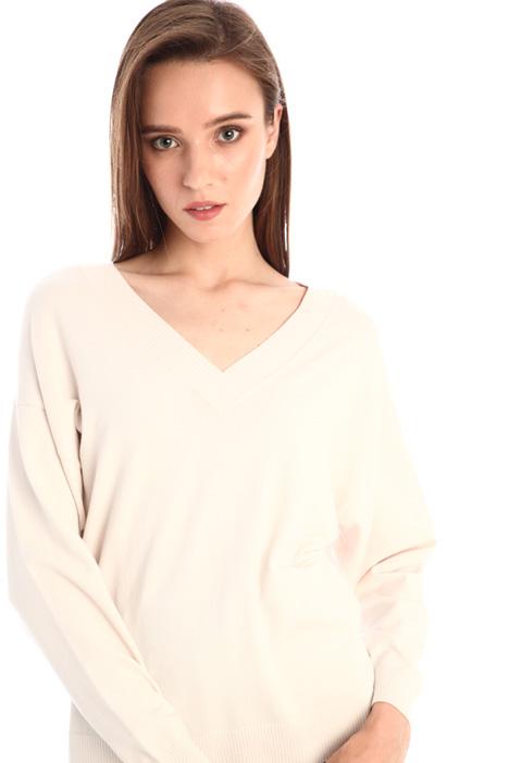 V-neck sweater Intrend
