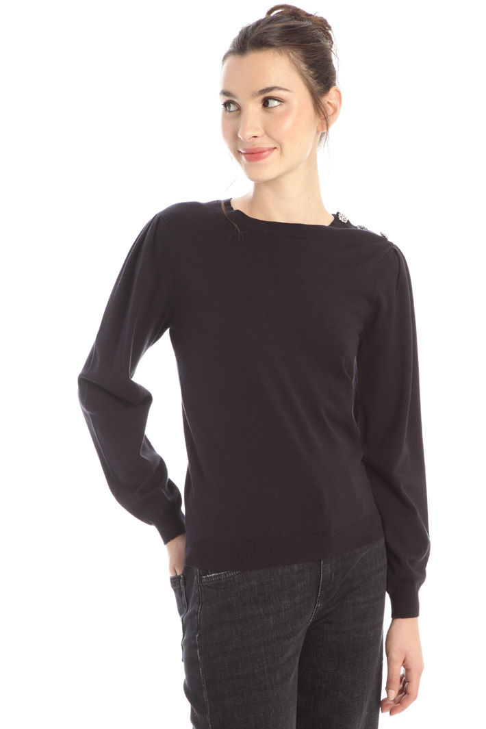 Jewel button sweater Intrend