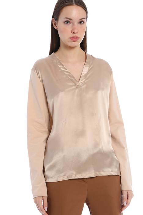 Satin and jersey top Intrend