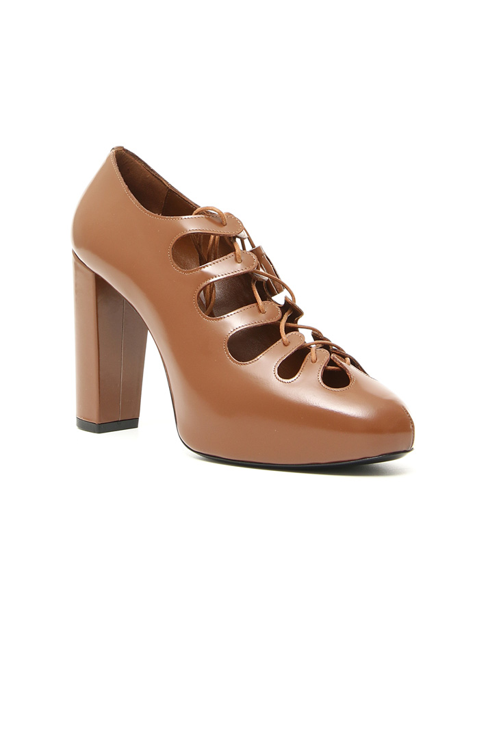Leather lace-up Oxfords Intrend