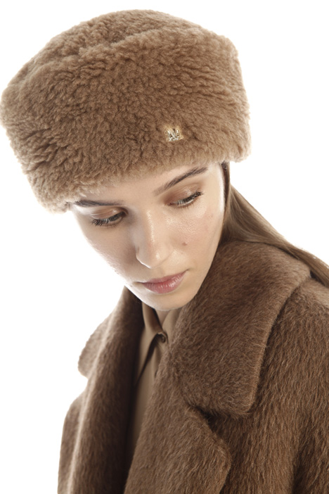 Fur-effect hat Intrend