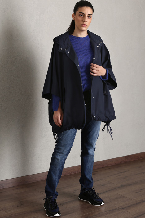Water-resistant cape Intrend