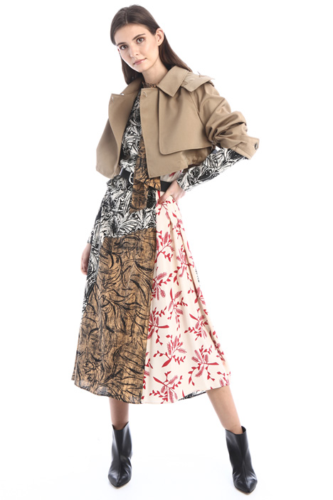 Short boxy trench Intrend