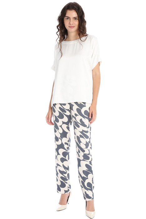 Patterned satin trousers Intrend