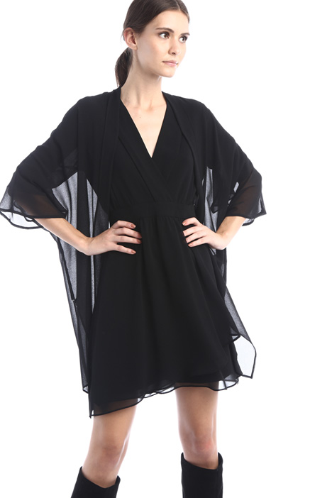 Open front crepe tunic Intrend