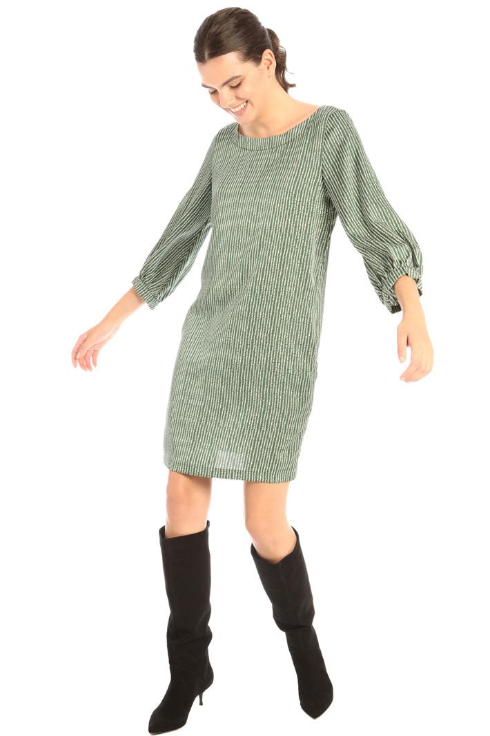 Straight satin dress Intrend