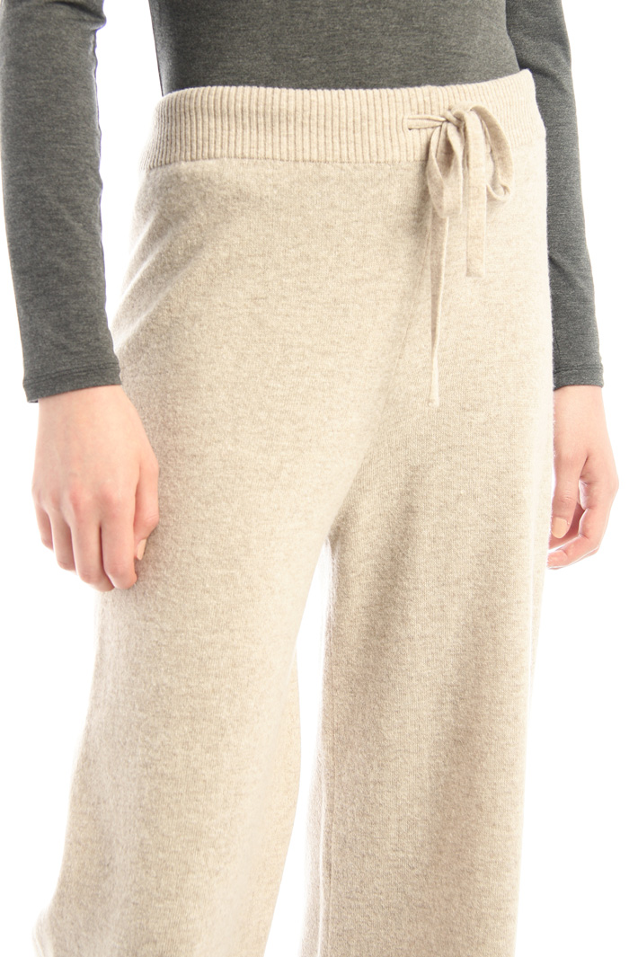 Wool yarn trousers Intrend
