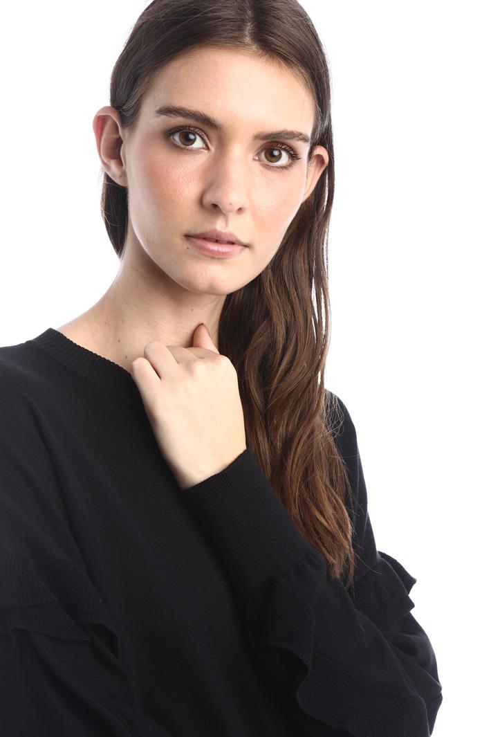 Frilled silk sweater Intrend