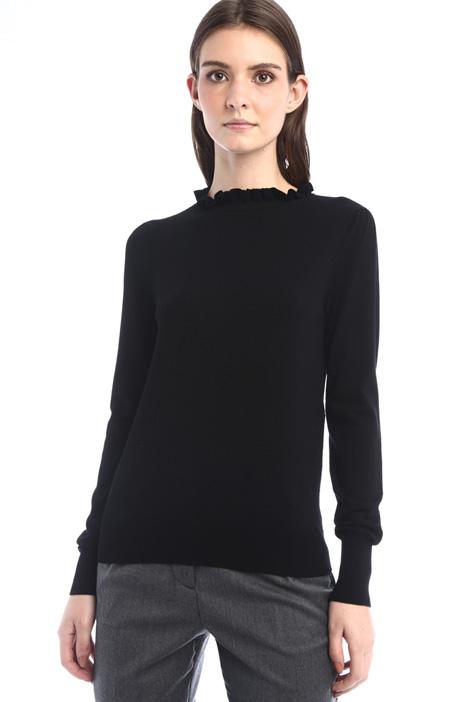 Frilled viscose yarn sweater Intrend